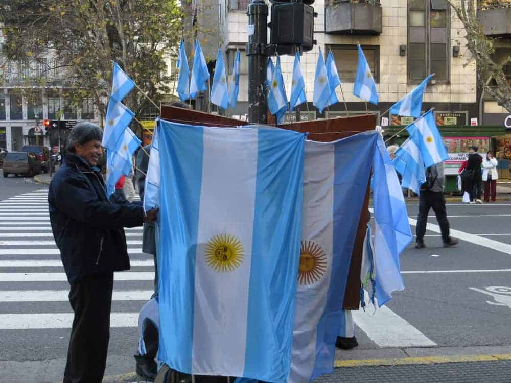 Buenos-Aires-flags-2016